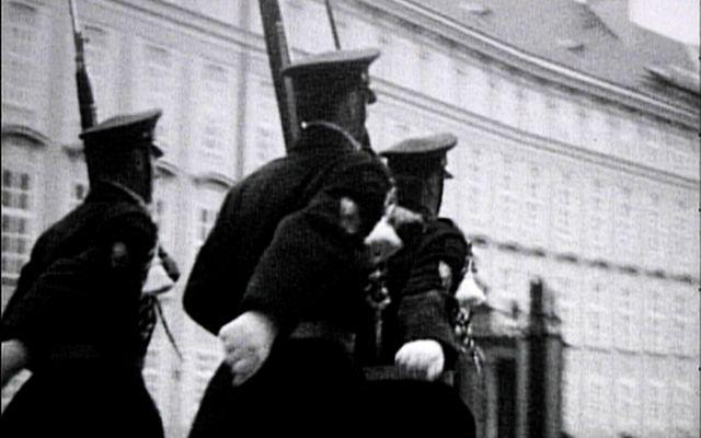 Prague soldiers